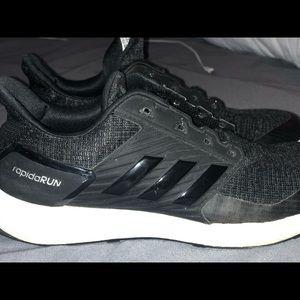 Adidas rapidarun tennis shoes